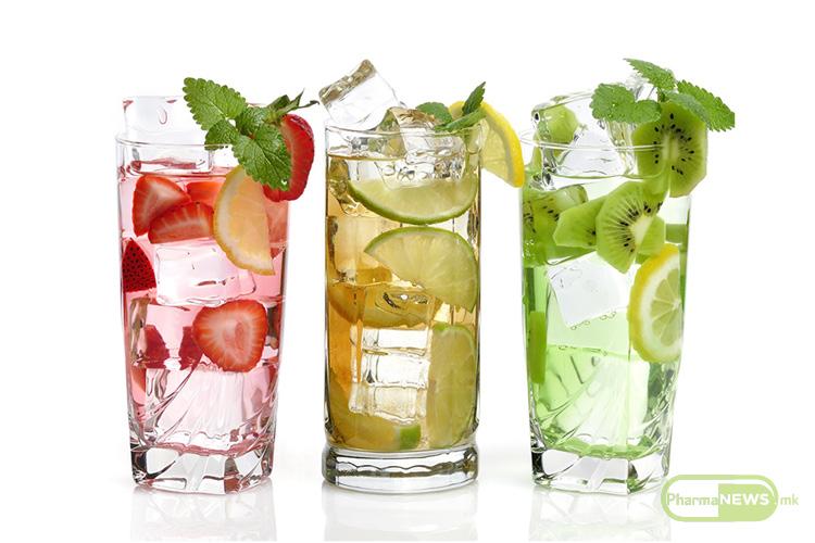 4-nacini-da-si-napravite-vkusna-i-osvezitelna-voda-za-zdrav-zivot