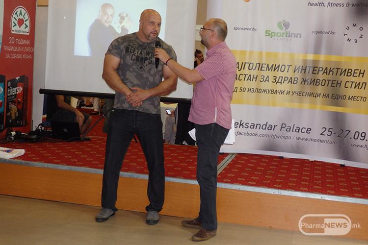Викса го представи на Македонската јавност еден од најсилните луѓе во светот Милан Strongman Јовановиќ