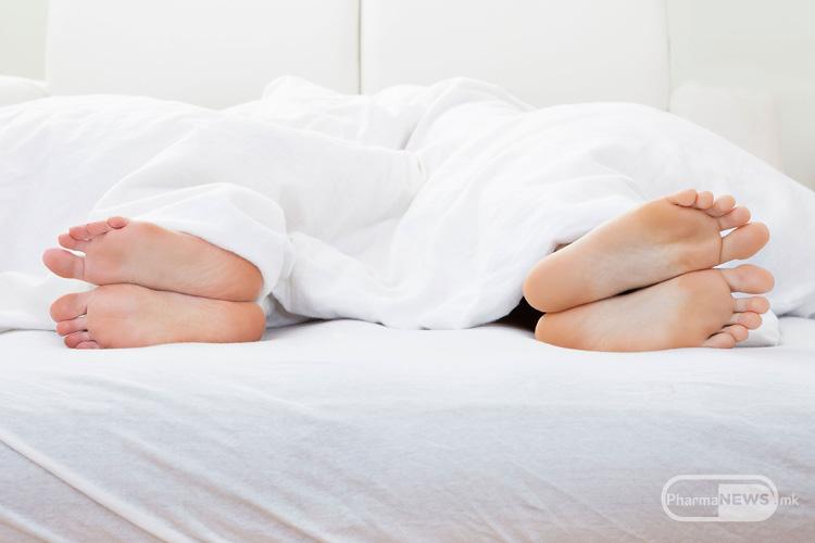 apstinencijata-od-seks-go-narushuva-zdravjeto_image1