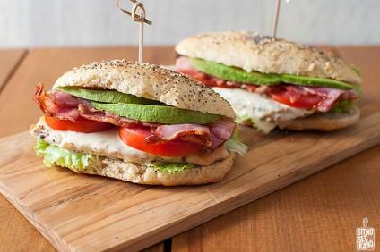 cezar-sendvic-so-domasni-lepcinja_image