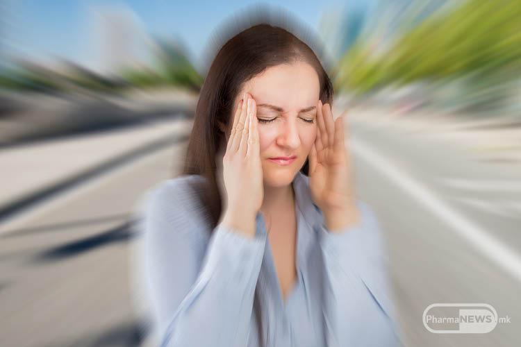bolka-koja-pritiska-blag-umeren-intenzitet-od-dvete-strani-na-glavata_image