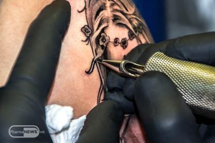 ne-stavajte-tetovazha-ako-ne-ste-sigurni-deka-vashiot-imunoloshki-sistem-ne-e-narushen_image