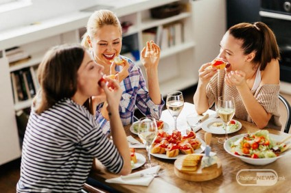 kako-horoskopskite-znaci-se-odnesuvaat-vo-restoran_image
