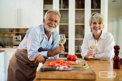 koi-vitamini-minerali-mu-se-potrebni-na-organizmot-tekot-na-stareenjeto_image