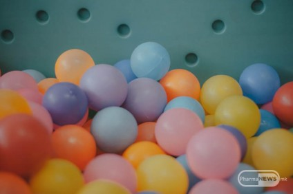 bazenite-plastichni-topki-za-deca-izvor-na-bakterii_image