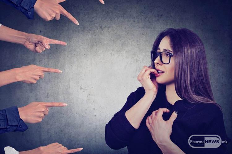 frazi-koi-treba-da-gi-izbegnuvate-koga-komunicirate-lice-depresija-ili-anksioznost_image